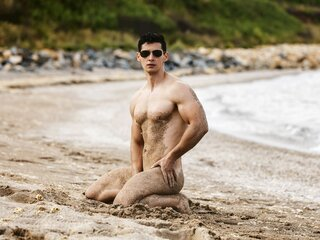 Cam toy YOURMUSCLEHUNK